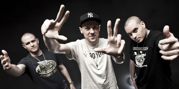 Hilltop Hoods: Hardly Softly